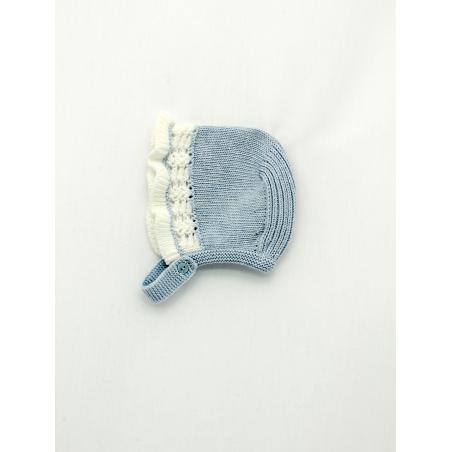 Bonnet with openwork