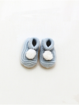 Booties with pompom