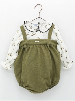 Set of little foxes patterned shirt and bloomers