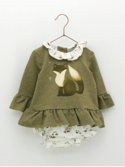 Girl set of little foxes patterned sweater and bloomers