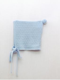 Baby bonnet with pompom