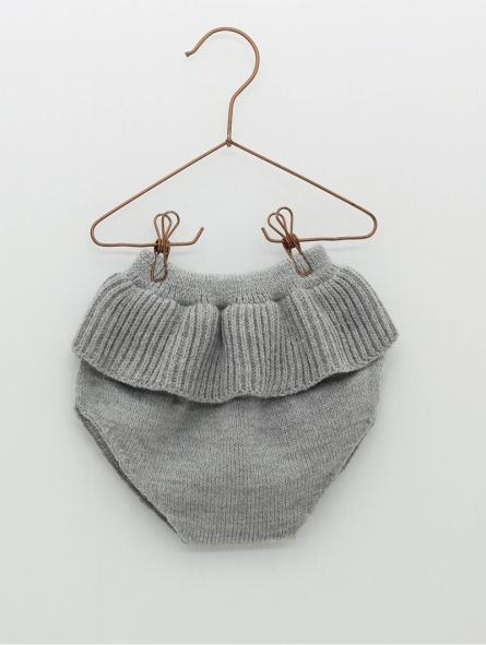 Knitted baby girl bloomers with ruffle