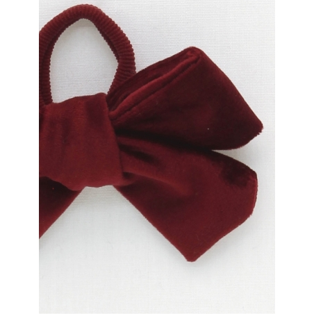 Girl scrunchie with maroon velvet bow